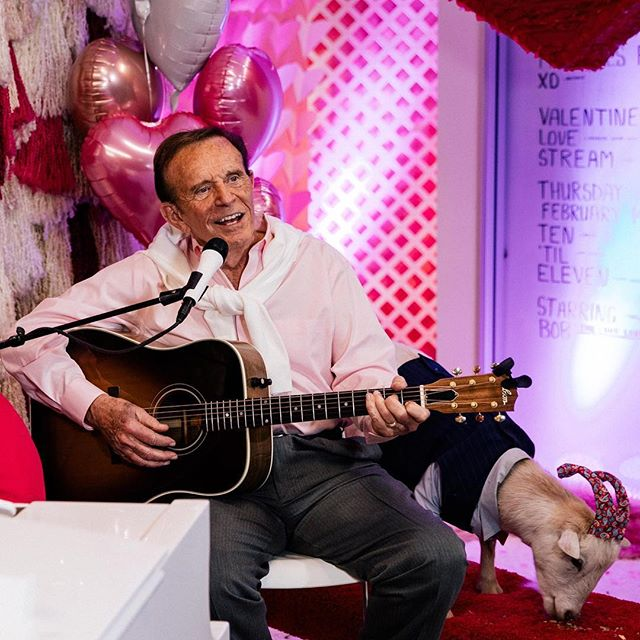 Bob Eubanks Serenades SCS Agency Clients In Valentine's Day 'Lovestream' Event